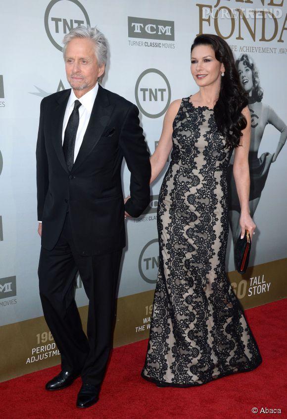 Michael Douglas et Catherine Zeta-Jones lors de la soirée AFI Life Achievement Award : A tribute to Jane Fonda à Los Angeles le 5 juin 2014.