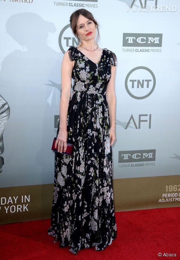 Emily Mortimer en Dolce & Gabbana lors de la soirée AFI Life Achievement Award : A tribute to Jane Fonda à Los Angeles le 5 juin 2014.