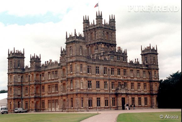 Il était également question que George Clooney et Amal Alamuddin privatise le château de Highclere, qui abrite le tournage de la célèbre série Downtown Abbey.