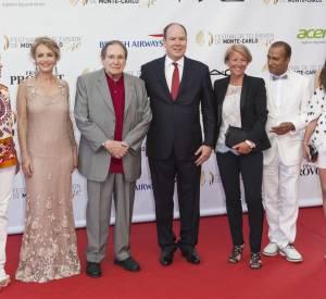 Candice Patou, Fanny Cottençon, Robert Hossein, Prince Albert II de Monaco, Ariane Massenet, Pascal Legitimus et Louise Monot à la cérémonie d'ouverture du Festival de la télévision de Monte-Carlo le 7 juin 2014.