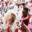 Franck Ribéry a eu le droit à la même chose un peu plus tôt, lors de la victoire de son club en en ligue des champions.