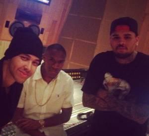 Depuis qu'il a été libéré, Chris Brown passe le plus clair de son temps en studio d'enregistrement.