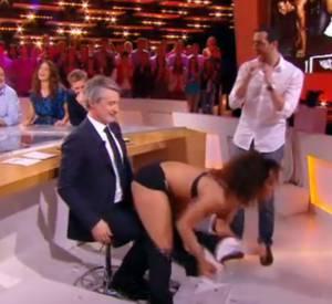 """Le CSA n'a pas apprécié le petit numéro de la stripteaseuse dans l'émission du """"Grand Journal"""" de Canal+ le 7 avril 2014."""