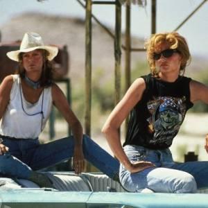 "Susan Sarandon et Geena Davis dans ""Thelma & Louise"" en 1991."