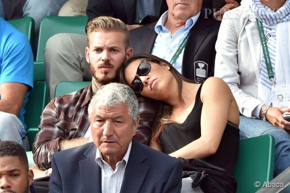 Matt Pokora et Scarlett Baya à Roland Garros début juin.