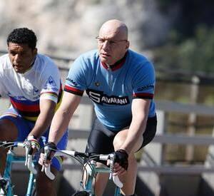 Samuel Le Bihan a dû amorcer une grosse transformation physique pour jouer le rôle de Laurent Fignon dans La dernière échappée.