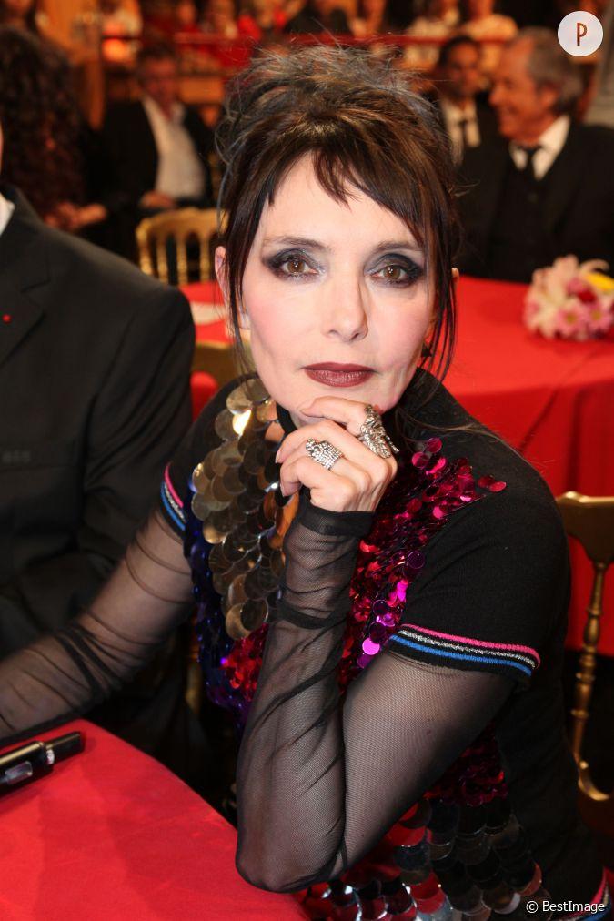 Jeanne mas sur le plateau du plus grand cabaret du monde en juin 2014 - Jeanne mas et son mari ...