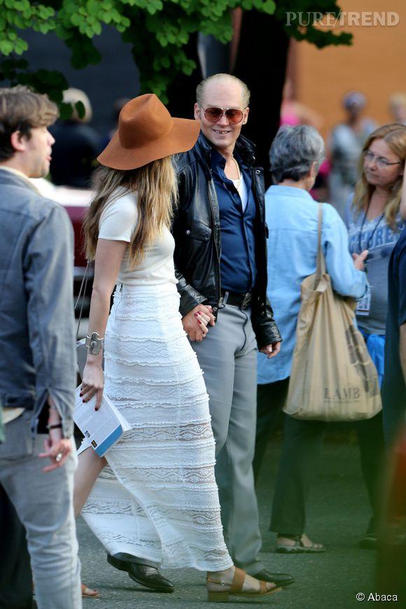 Amber Heard et Johnny Depp, toujours plus proches.