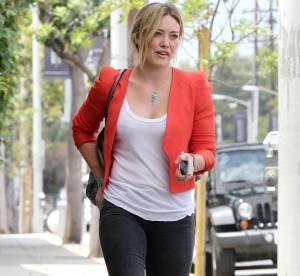 Hilary Duff : working girl et maman sexy, le joli look qu'on lui pique