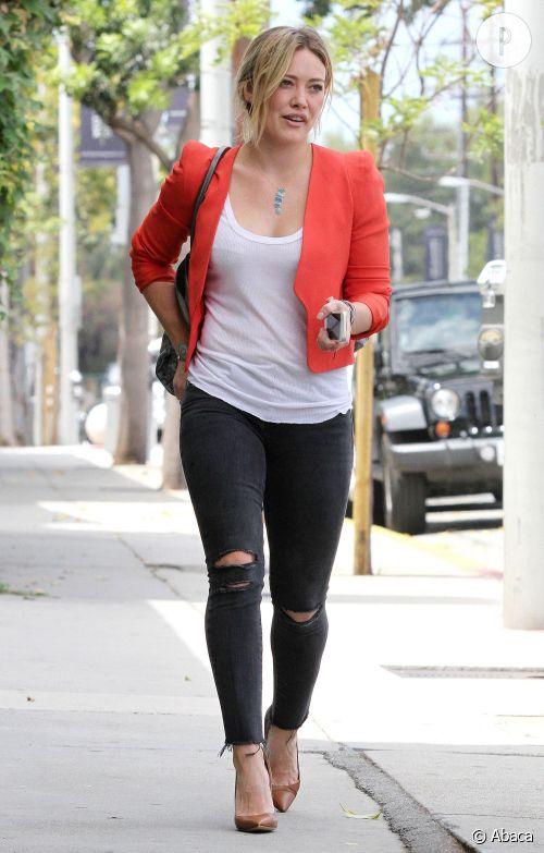 Hilary Duff, l'allure rock vitaminée d'une jeune maman qu'on adore.