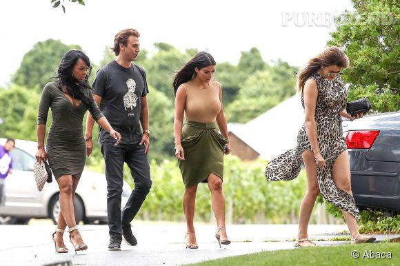 Kim Kardashian trouve toujours un moyen pour attirer l'attention sur elle.