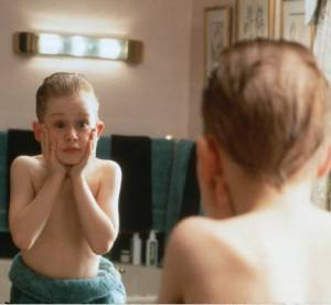 """Macaulay Culkin : qu'est devenu le héro de """"Maman j'ai raté l'avion"""" ?"""