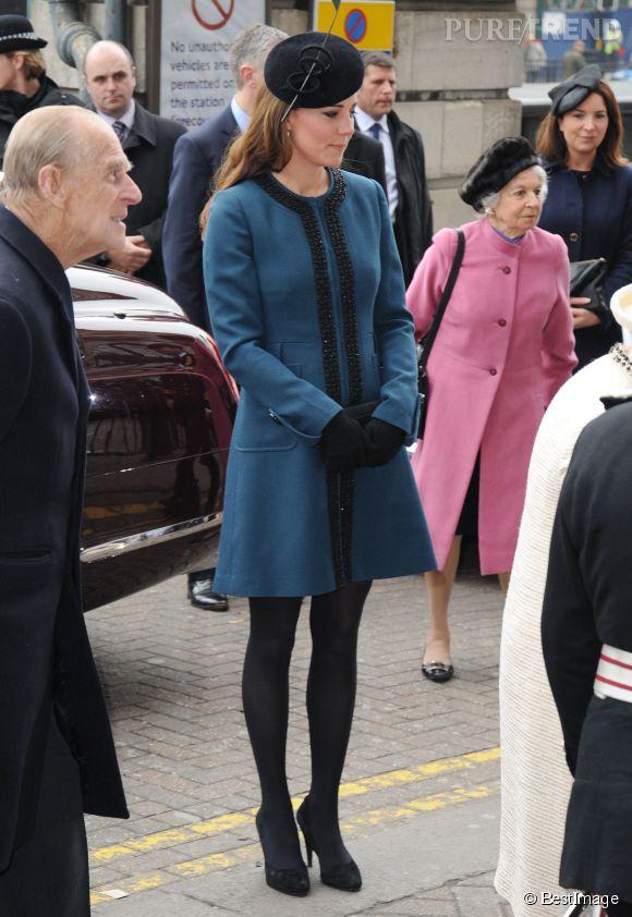En mars 2013, Kate Middleton célèbre le 150ème anniversaire du métro à Londres.