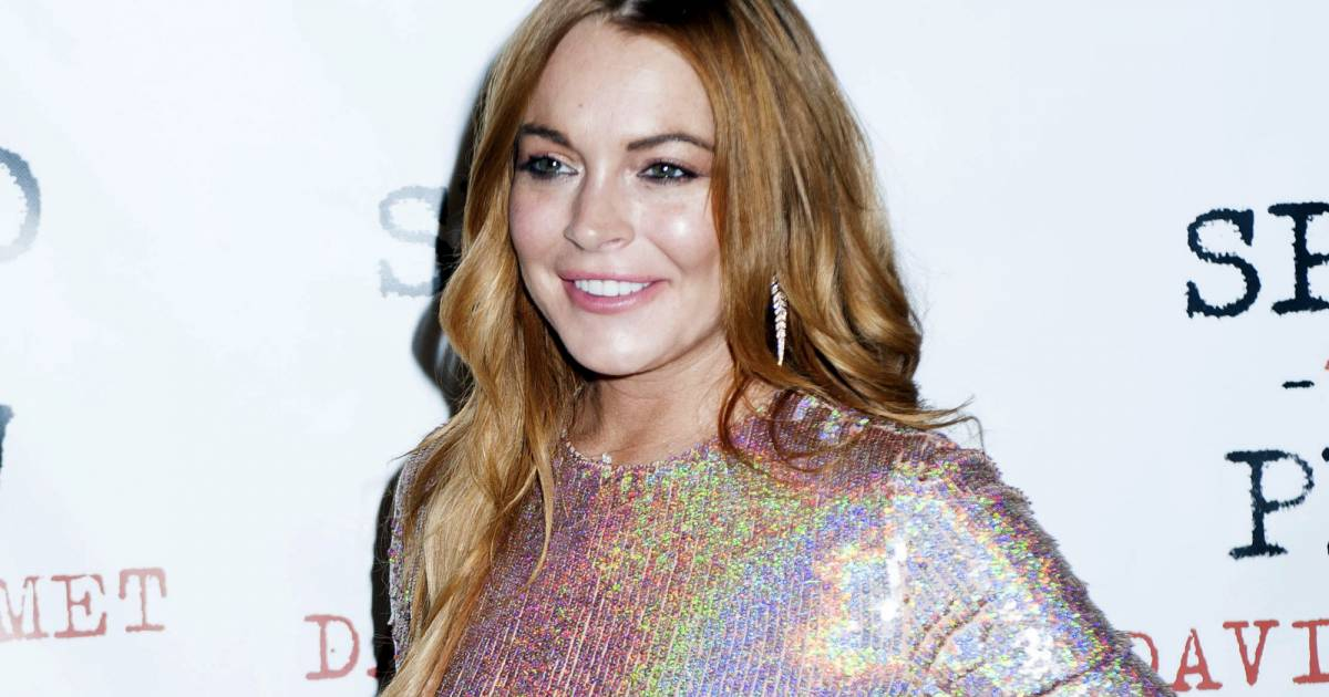 Lindsay Lohan tincellante pour les AmfAR - Staragora