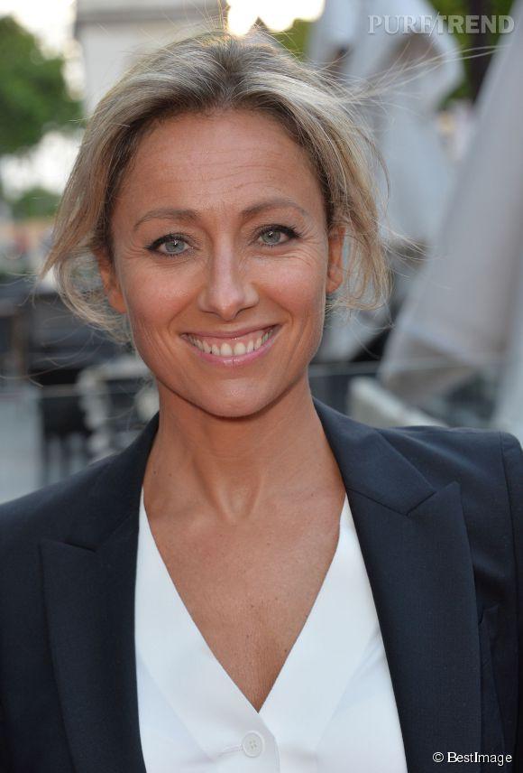 """Anne-Sophie Lapix sera aux commandes de """"Mots Croisés"""", ce soir sur France 2 en remplacement d'Yves Calvi."""