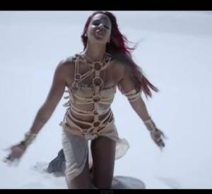 """Le clip de Shy'm de son titre """"La Malice"""" fait tiquer les fans d'Ysa Ferrer. Il ressemblerait à l'une des vidéos de leur idole sorti il y a trois ans."""