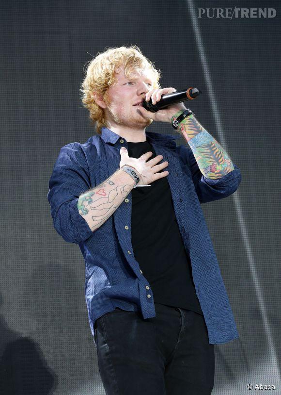 """Ed Sheeran : cinq demandes en mariage sur """"Tenerife Sea"""" et """"Give Me Love""""."""