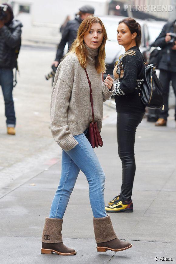 Ellen pompeo a opté pour un jean simple, un col roulé bien chaud et des bottines signé Chanel. Une réussite.