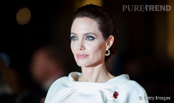 """Angelina Jolie lors de la première de """"Unbroken"""" à Londres le 25 novembre 2014."""
