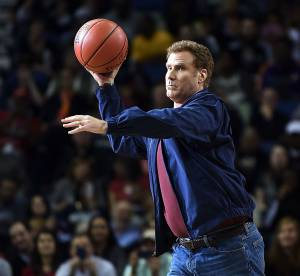 Will Ferrell : l'acteur agresse une pompom girl en plein match