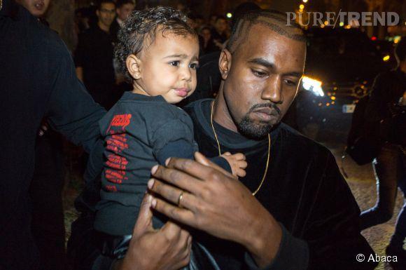 North West a récemment noyé le téléphone de Kanye West.