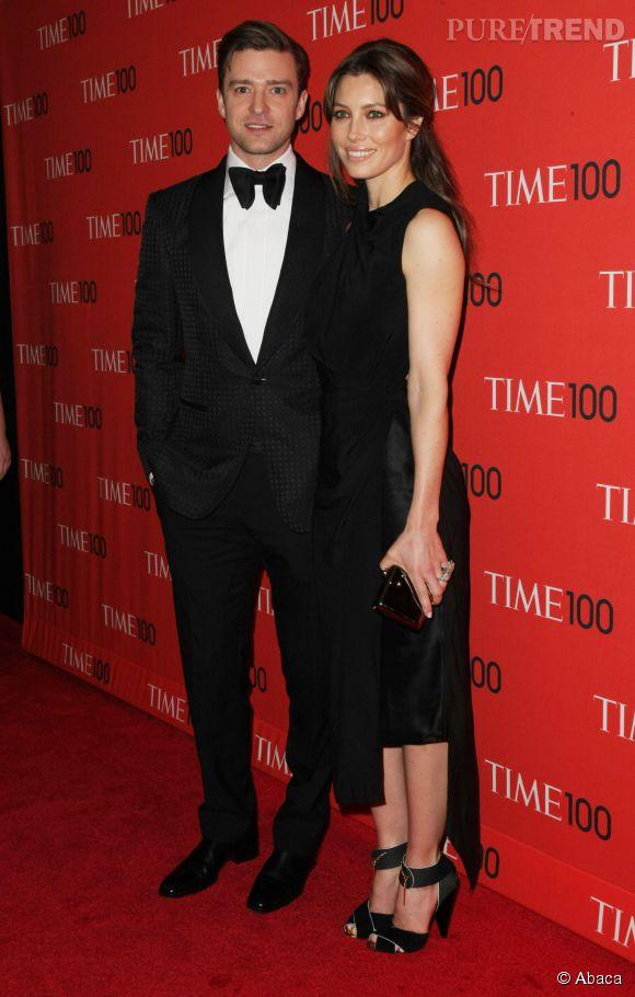 Sur tapis rouge, Justin Timberlake et Jessica Biel sont glamour, mais à la maison, c'est jogging-pantoufles.