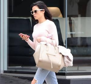Jenna Dewan apprivoise le jean destroy avec chic : un look à shopper !