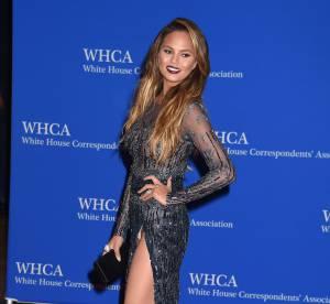 Chrissy Teigen : catastrophe mode et culotte à l'air à la Maison Blanche