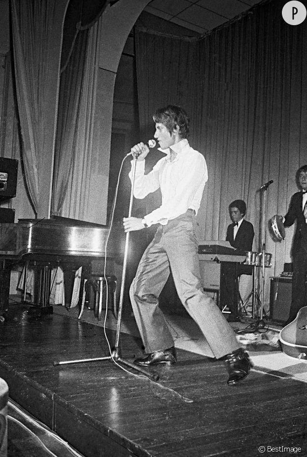 Jacques Dutronc, un vrai showman, en 1965.