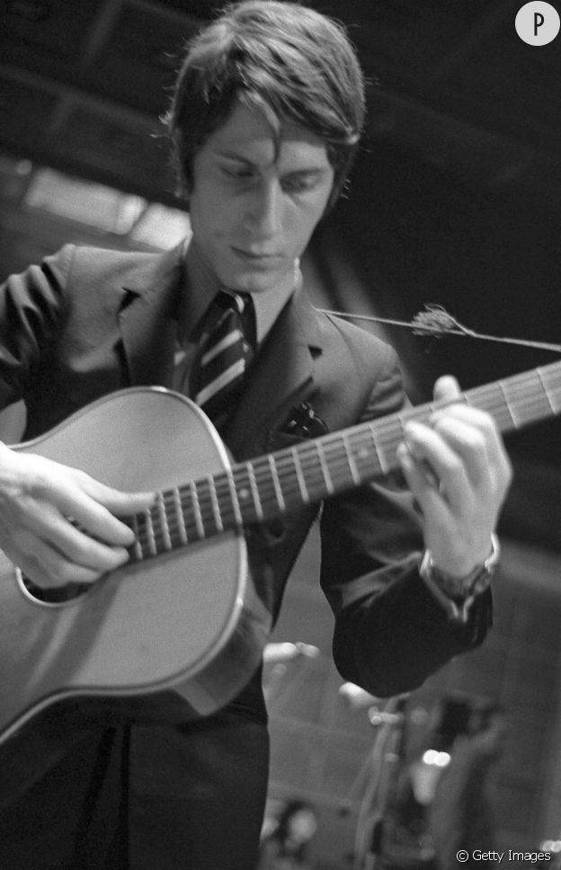 Jacques Dutronc photographié au début de sa carrière, en 1960.