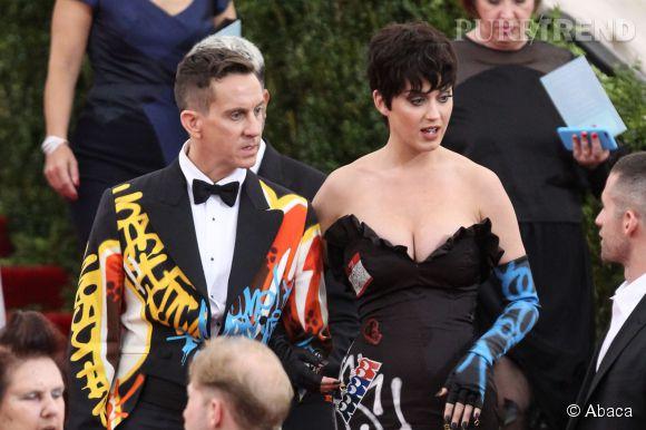 Katy Perry et ses cheveux courts ont surpris au Met Gala.