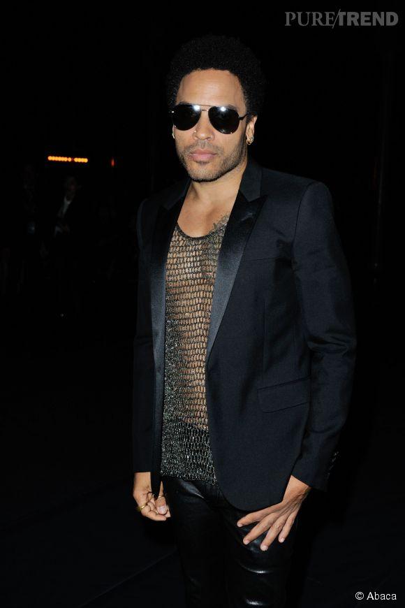 Comme les piercings, Lenny Kravitz est la seule star masculine qui reste sexy avec un T-shirt filet...