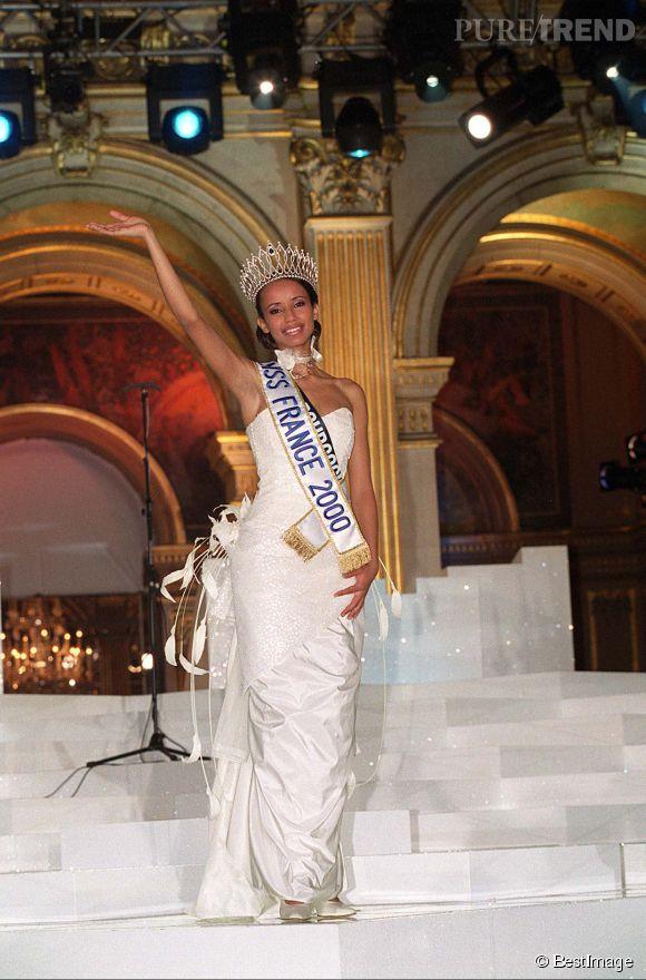 Le 1er décembre 1999, Sonia Rolland devient Miss France 2000.
