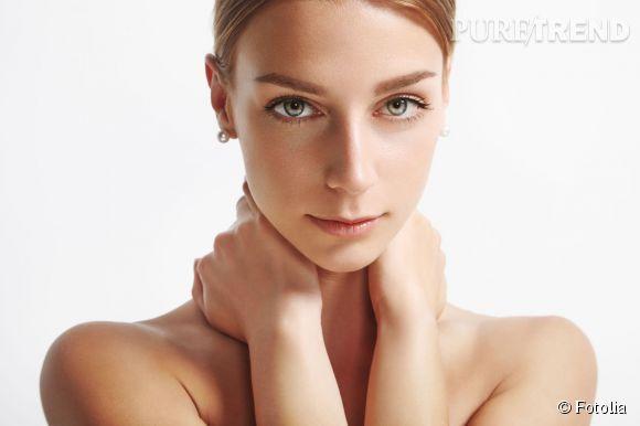 Lorsque les pores sont obstrués, ils se dilatent et deviennent visibles.Démaquillage, gommage,masque : découvrez toutes nos astuces pour les resserrer.