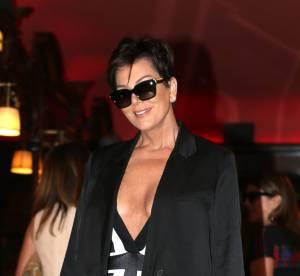 Kris Jenner et son décolleté plongeant : elle vole la vedette à ses filles