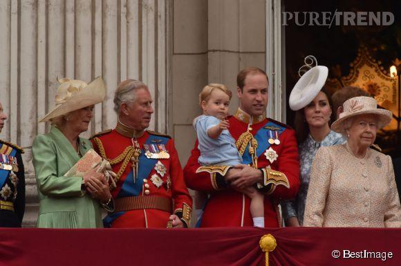 Toute la famille royale réunie pour célébrer l'anniversaire officiel de la rein Elisabeth II