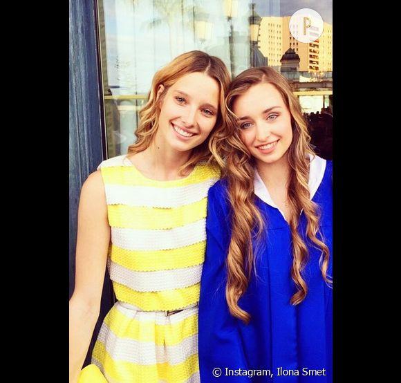Emma Smet (à droite), ici aux côtés de sa soeur Ilona, fête aujourd'hui ses 18 ans.
