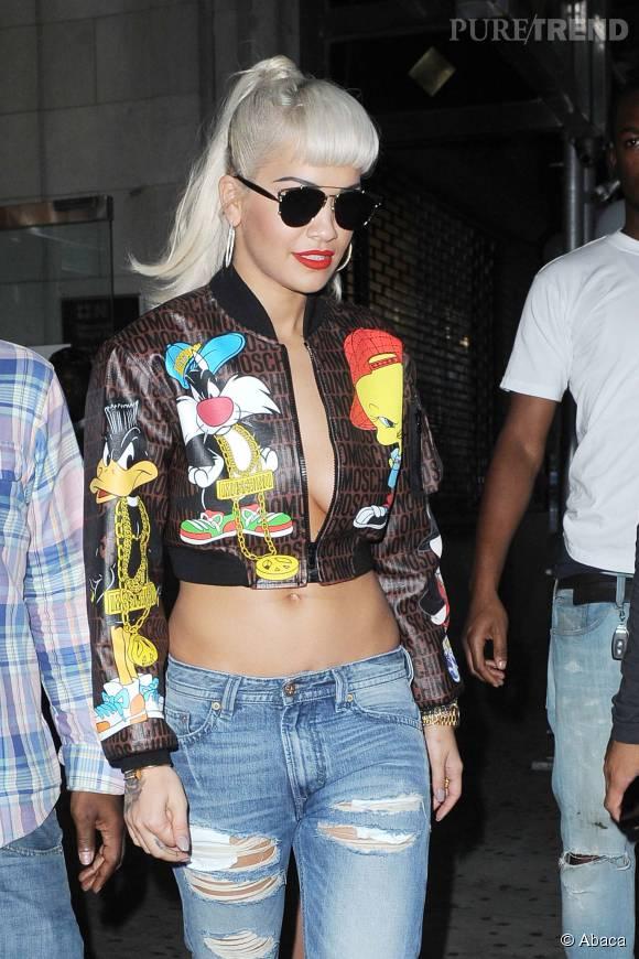 Rita Ora, nue sous sa veste : elle ne passe pas inaperçue à la Fashion Week de New York.