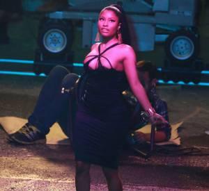 Nicki Minaj parle féminisme lors de l'un de ses concerts.