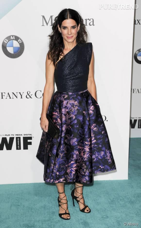 Sandra Bullock, sublime maman de 51 ans.