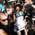 Rihanna change de look et les fans adorent !