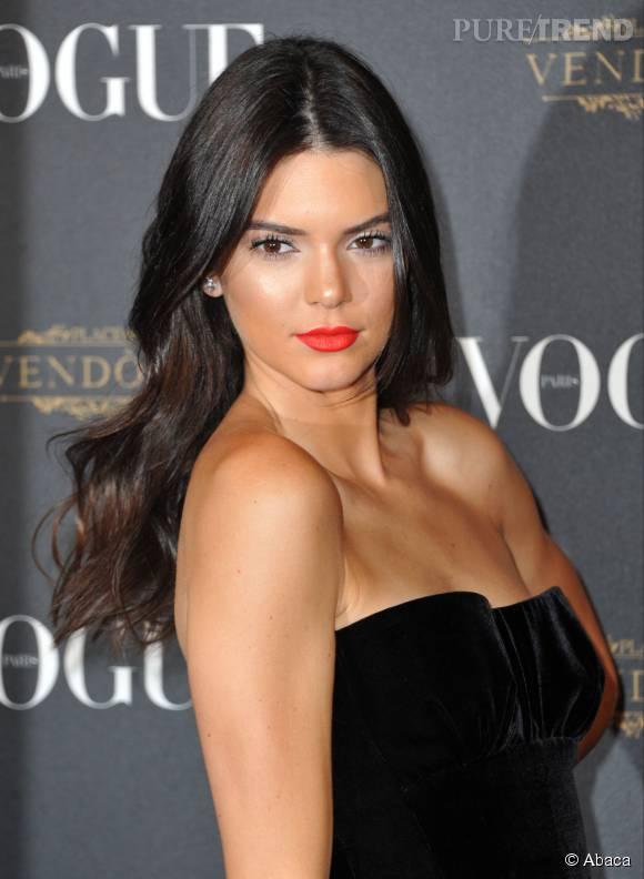 Fabuleux Kendall Jenner : sublime sirène pour fêter les 95 ans de Vogue WZ85