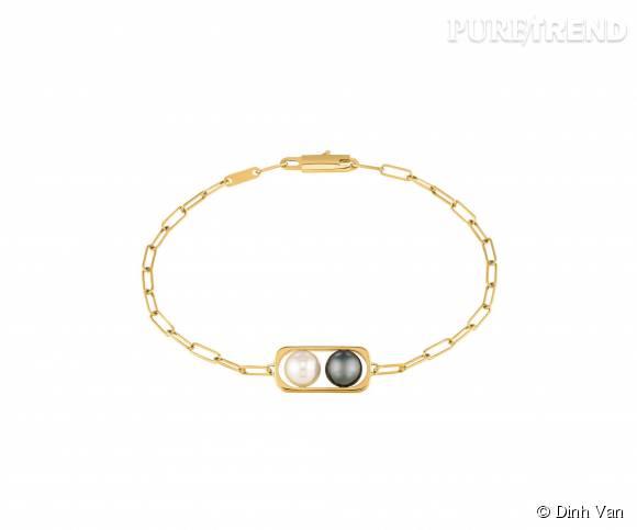 Braceletdinh van en or jaune,perles d'eau douce et d'hématite.   890 euros.