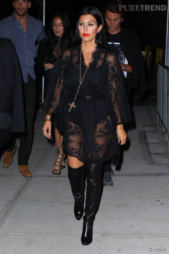 Kourtney Kardashian, toujours plus sexy.