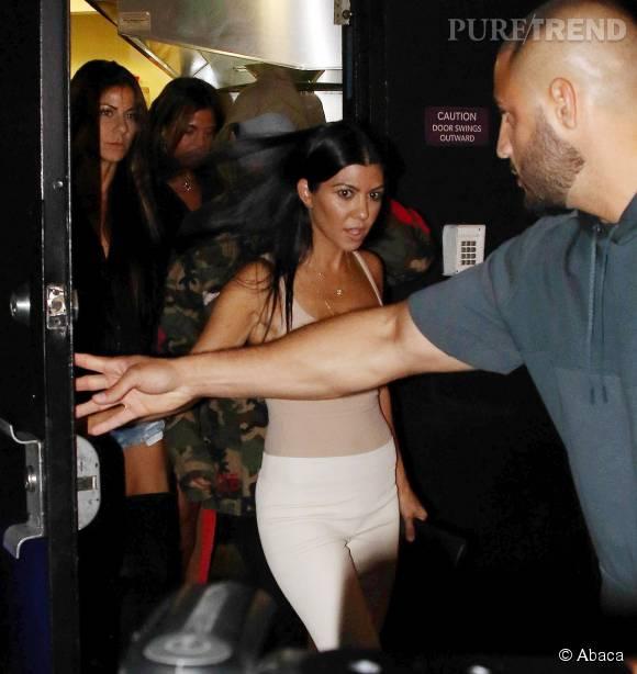 Kourtney Kardashian a dégainé l'artillerie lourde pour son dîner avec Justin Bieber...