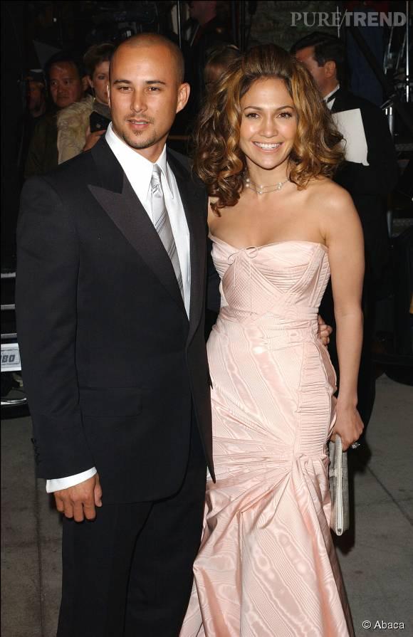 La chanteuse a ensuite épousé Cris Judd en 2001. Ils se sont séparés en 2003.