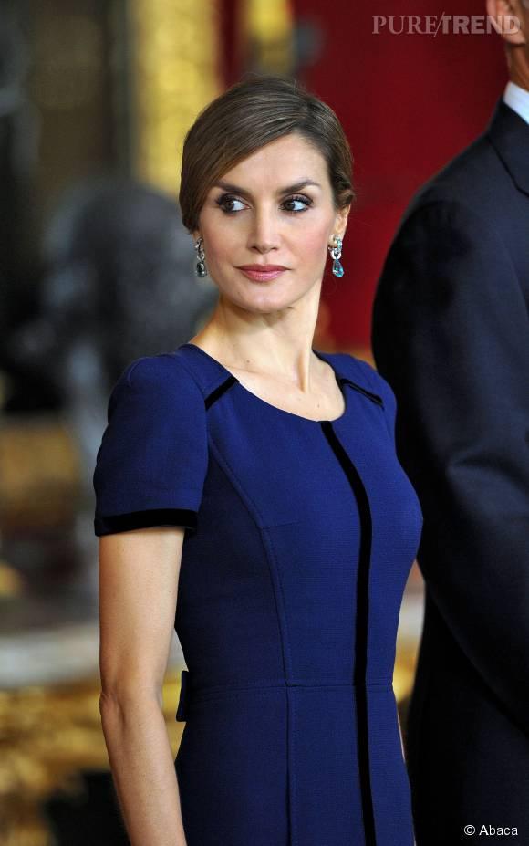Letizia Ortiz, ravissante reine ce lundi 12 octobre 2015 lors de la Fête nationale espagnole.