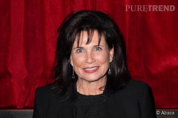Anne Sinclair pose cette semaine en couverture de Gala.