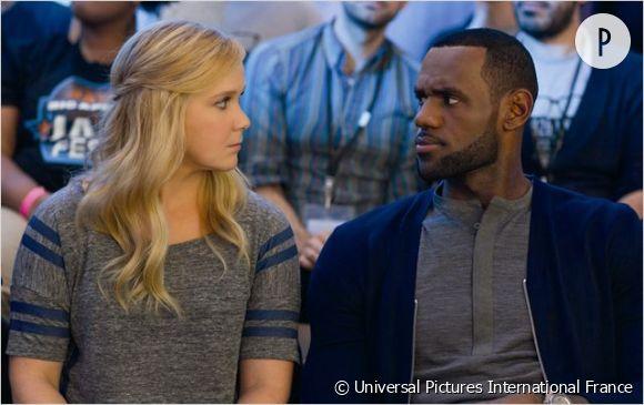 La baston de regard entre Amy et LeBron est un des temps forts du film.