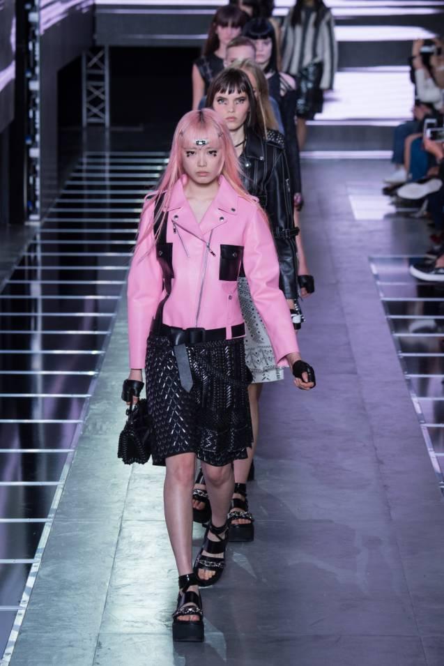 Défilé Printemps-Été 2016 Louis Vuitton.